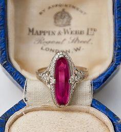 Art Deco Ruby, 14K White Gold Filigree Ring / Antique Rings #ring #rings