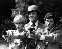 Patrick Macnee, agent John Steed of TV's The Avengers, dead at 93  June 2015