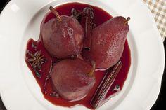 Poires pochées au vin, une recette facile et surtout un grand classique pour un dessert léger