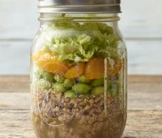 Sharing an entire month of Mason Jar Salad recipes! The Salad in a Jar concept is an easy way to prepare a portable lunch or healthy dinner in advance. Simple and flavorful meal prep! Lunch Recipes, Healthy Dinner Recipes, Salad Recipes, Healthy Snacks, Healthy Eating, Jar Recipes, Skinny Recipes, Family Recipes, Turkey Recipes