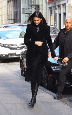 Tracey Ellis, Le Style Du Jenner, Kendall Jenner Dress, Fashion Models, Fashion Outfits, Models Off Duty, Winter Trends, Forever, Elegant Outfit