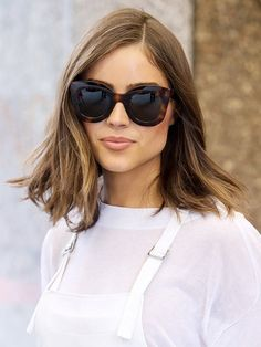 78975b1ed4bd9 3 Haircuts That Make Your Face Look Thinner (WhoWhatWear.com)