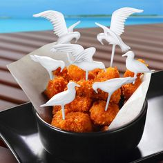 """<a href=""""http://www.perpetualkid.com/feeding-frenzy-seagull-picks.html"""" target=""""_blank"""">Feeding Frenzy Seagull Toothpicks</a>"""