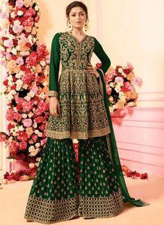 Designer sarees ,indian sari ,bollywood saris and lehenga choli sets. punjabi suits patiala salwars sets bridal lehenga and sarees. Designer Salwar Kameez, Lehenga Choli, Anarkali, Green Lehenga, Robes Western, Western Dresses For Women, Sharara Suit, Salwar Suits, Punjabi Suits