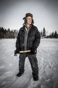 ICE LAKE REBELS: Founding Houseboater John Remembers Why He Left Great Slave Lake