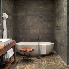 Yes please. #andaz #maui #bathroom #design #interiordesign