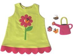 FLOWER DRESS | CHILDREN Interactive dress  If you water your flower, butterflies will alight on it.  (Includes a watering can - shaped handbag with a butterfly and a ladybug to stick in the flower with velcro)  Sizes from 12 months to 6 years old.