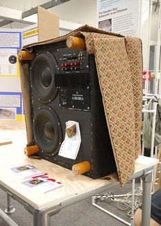 Ottoman subwoofer by ⓢⓐⓜ Subwoofer Box Design, Speaker Box Design, Diy Subwoofer, Diy Speakers, Built In Speakers, Diy Audio, Audio Room, Audio Design, Home Theater Rooms