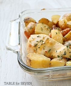 {crock pot} Cheesy Chicken and Potatoes - TABLE for SEVEN