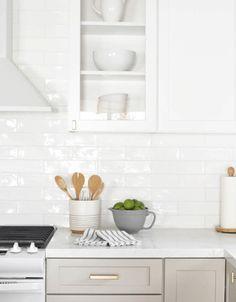 Subway Tile Kitchen Backsplash - Subway Tile Kitchen Backsplash, White Kitchen Cabinets with White Subway Tile Backsplash White Subway Tile Backsplash, Subway Tile Kitchen, Kitchen Backsplash, Kitchen Cabinets, Kitchen Counters, White Tiles, Kitchen Sink, Countertops, Kitchen Island
