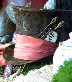 Mad Hatter's hat - Disney Wiki