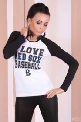 baseball Shirt Predstavujeme vám blúzka Baseball.  Topy sú vyrobené z vysoko kvalitného materiálu, veľkosť je univerzálna blúzka je veľmi elastická, takže by mala byť vhodná pre ľudí, ktorí nosia veľkosti XS, S a M. http://www.cosmopolitus.com/bluzeczka-baseball-3295-p-100739.html #damske #tricko #top #tshirt #bluzka #tunika #sveterskapucnou