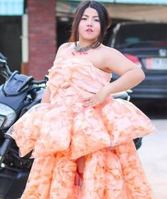 This fashionista is making DIY high fashion gowns