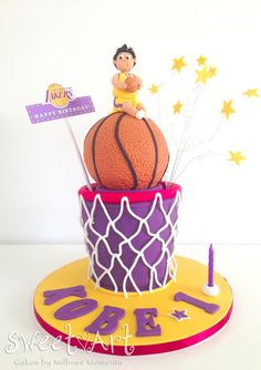 Sweet Art Cakes by Milbreé Moments: LA Lakers basketball cake.