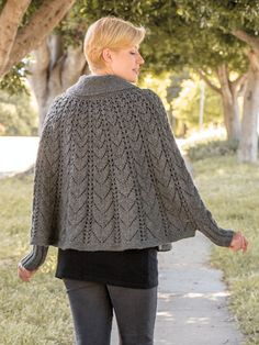 A stylish poncho from Annie's Signature Designs, ready to go wherever you go! Poncho Knitting Patterns, Crochet Poncho, Lace Knitting, Knitting Stitches, Knitting Designs, Poncho With Sleeves, Knitted Cape, Plymouth Yarn, Lace Patterns