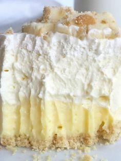 No Bake Banana Pudding, Banana Pudding Cheesecake, Banana Pudding Recipes, Cheesecake Pie, Pudding Desserts, Köstliche Desserts, Cheesecake Recipes, Delicious Desserts, Dessert Recipes