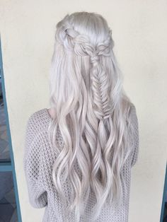 I have always loved white blonde hair. I have always loved white blonde hair. Pretty Hairstyles, Braided Hairstyles, Elvish Hairstyles, Bohemian Hairstyles, Blonde Hairstyles, Hairdos, Hairstyle Ideas, Updos, Wedding Hairstyles