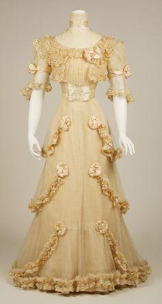 Doucet evening dress ca. 1906-7 From the Metropolitan Museum of Art