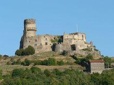 Château de Tournoël. Volvic. Auvergne