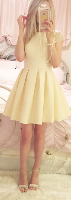 I don't really like yellow on me but this dress is beautiful