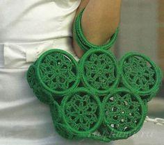 Delicadezas en crochet Gabriela: Bolsa de mano modelo muy original y fácil