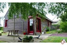 Découvrez sans attendre votre prochain achat immobilier entre particuliers dans le Morbihan avec  cette maison de Loyat http://www.partenaire-europeen.fr/Actualites/Achat-Vente-entre-particuliers/Immobilier-maisons-a-decouvrir/Maisons-a-vendre-entre-particuliers-en-Bretagne/Maison-F6-ossature-bois-cheminee-abri-jardin-cuisine-americaine-ID2815978-20151031 #maison