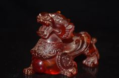 Rare China Hand-carved 2.7 inches Kirin Styling snuff bottle