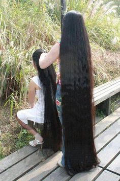 A very, very long hair! !!