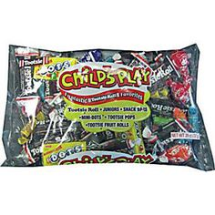 This bag comes with a great Tootsie Roll assortment of individually wrapped candies that kids will love this Halloween! The assortment includes Tootsie Rolls (assorted flavors), flavored Tootsie Rolls, Tootsie Pops and Dots. Tootsie Pops, Individually Wrapped Candy, Filled Candy, Bulk Candy, Candy Bags, Pop Tarts, Candies, Kids Playing, Rolls