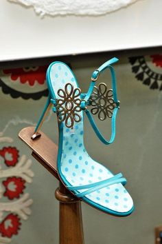 Manolo Blahnik blue Sandals Spring Summer 2014 RTW #Manolos #Shoes #Heels #manoloblahnikheelsspringsummer