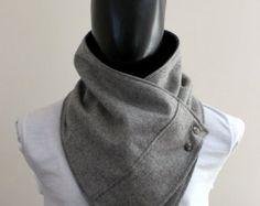 Men Schal. Männer Mönchskutte, meliert, Licht grau Wolle mit metallisch Snaps. Trendige, moderne, klobig und gemütlich.