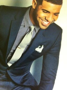 aubrey drake graham. I love it when he look at me like that♥♥♥