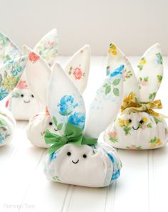 Roly Poly Fabric Easter Bunnies. A cute DIY with free pattern by Flamingo Toes.