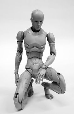 1000toys | 1/6 prototype, TOA Heavy Industries synthetic human figure. | Based on the work of Tsutomu Nihei. http://www.pinterest.com/scote80/action-figures-sculptures/
