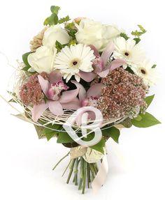Picături de fericire Gerbera, Floral Wreath, Wreaths, Decor, Floral Crown, Decoration, Door Wreaths, Deco Mesh Wreaths, Decorating
