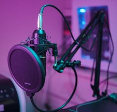 Includes: Mic adjustable suspension arm stand, Shock mount, Pop filter, Anti-wind foam Cap, Power cable and Sound card. Home Studio Setup, Music Studio Room, Dream Music, Music Is Life, Microphone Studio, Recording Studio Design, Music Recording Studio, Gaming Room Setup, Music Aesthetic