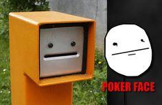 Poker face en la vida real.