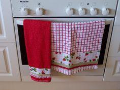 Strawberry, Strawberries towels. | Flickr: Intercambio de fotos