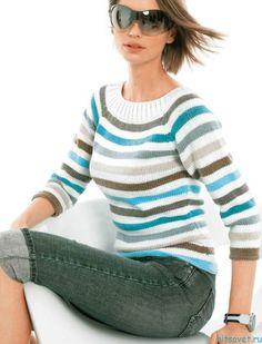 Пуловер реглан в полоску. Вам потребуется: 250 (300) г белой, по 50 г бирюзовой, лиловой, песочной, зелёной, синей и цвета хаки пряжи Stop (50% вискозы, 50% микроволокна, 105 м/50 г), прямые и круговые спицы № 4-4,5.