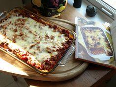 Cowboy Lasagne - Trisha Yearwood's recipe. Les says it's the best she's ever had. Mmmm!!