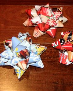 How to make gift bows out of old magazines #craft #gift  --- I'm doing this so my kiddo can have bows on his Christmas gifts without the cat eating the plastic ones!