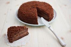 Gâteau au chocolat sans cuisson : Un gâteau à réaliser sans cuisson ! Nutella, Tiramisu, Cheesecake, Ethnic Recipes, Desserts, Food, Biscuits, Table, No Bake Cake