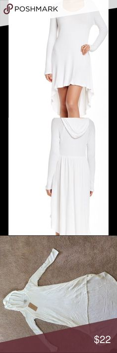 """Paper Crane Knit Dress Paper Crane knit dress with long sleeves. Has a hood, great for a cover up also. Ivory with a hi-lo hem. 29"""" in the front. 41"""" in the back. 97% rayon, 3% spandex. Hand wash cold. Fits true to size. Made in USA. Paper Crane Dresses High Low"""