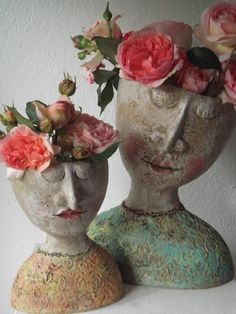 pink - ceramic - faces - Petra de Jong-Berger.