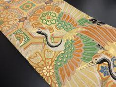 大正ロマン 天井柄に鶴模様織り出し丸帯 Japanese Outfits, Vintage Kimono, Yukata, Japanese Art, Crane, Birds, Asian, Artist, Clothes