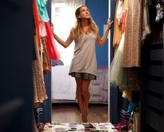 15 looks de Carrie Bradshaw qui n'ont pas pris une ride Sarah Jessica Parker, Carrie Bradshaw, How To Have Style, My Style, Asos Mode, Spring Cleaning, Get Dressed, Capsule Wardrobe, Wardrobe Closet