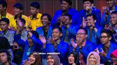 Rizky Febian Mendapat Piagam Sah Menjadi Penyanyi - Part 2/6