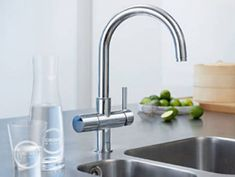 GROHE Blue Chilled & Sparkling - Water Filter Kitchen Taps - For your Kitchen Kitchen Taps, Kitchen And Bath, Grohe Blue, Fresca, Luxury Shower, Shower Systems, Bathroom Layout, Modern Bathroom, Kitchen Trends