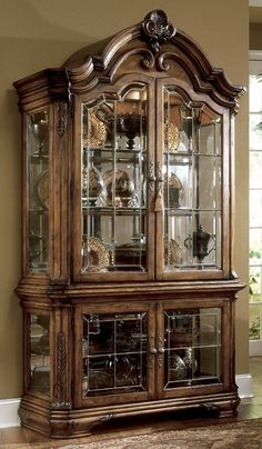 AICO Tuscano Curio Cabinet, Biscotti, Touch lighting system with 3 mood settings Tuscan Furniture, Home Decor Furniture, Dining Room Furniture, Cool Furniture, Home Furnishings, Victorian Furniture, Modern Furniture Stores, Contemporary Furniture, Crockery Cabinet