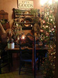 .Primitive Christmas decor